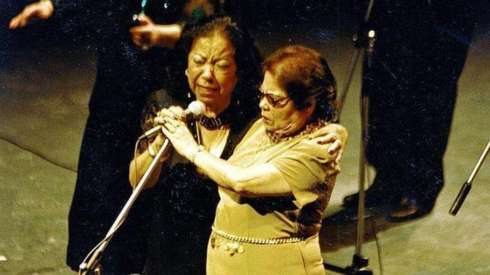 Revista La Flamenca De Utrera Al Cielo El Homenaje A Fernanda Y Bernarda Desde Su Tierra Revista La Flamenca