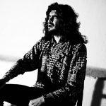 Israel Fernández nos presenta el universo musical de la Niña de los Peines en Flamenco Viene del Sur