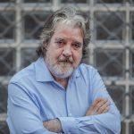 """Entrevista: Rafael Riqueni """"Es un milagro que yo esté vivo y tocando la guitarra"""""""