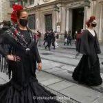 Sevilla apoya el sector de la Moda Flamenca con una pasarela en el centro de la ciudad